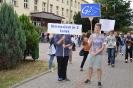 """""""Dwójka"""" na happeningu przeciw dopalaczom_1"""