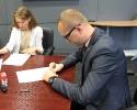 Podpisana umowa na ponad milion złotych_1