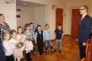 Przedszkolaki z życzeniami świątecznymi_1